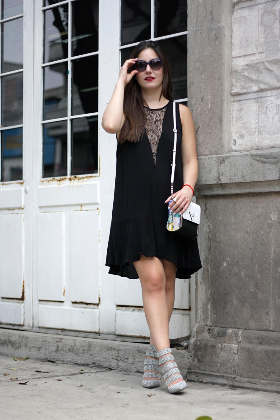 LITTLE-BLACK-DRESS-SPRING-ATUENDO29-16