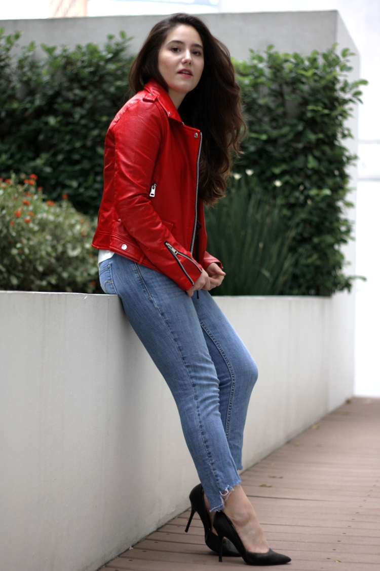 RED-JACKET-ATUENDO29-9